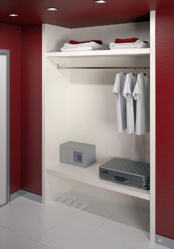 Immagini per interno armadio in legno - Interno armadio ...