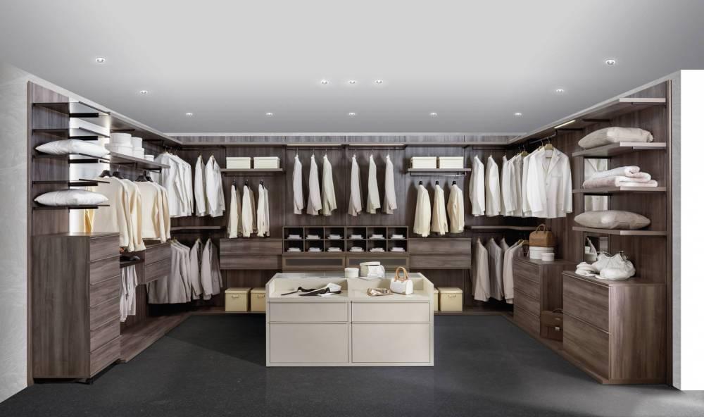 cabina armadio moderna e super attrezzata