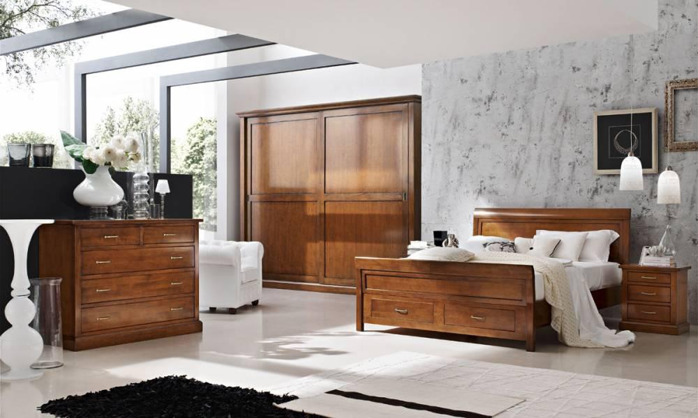 Camera classica, letto con cassetti