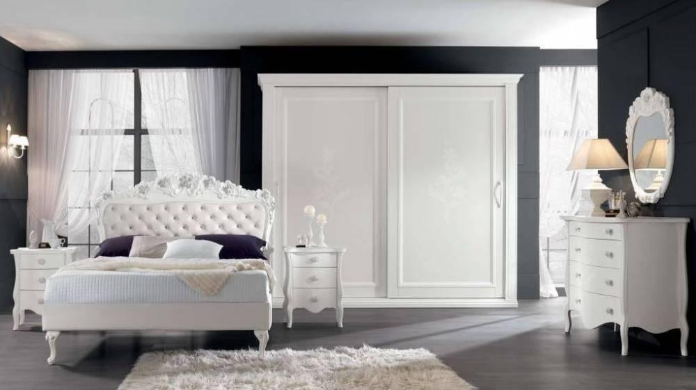 Camera con armadio classico anta scorrevole bianco