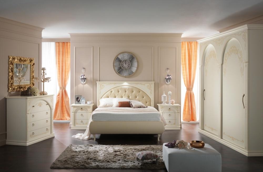 Camere matrimoniali classiche letto imbottito in tessuto