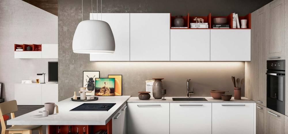 Arredo 3 modello Cloe cucina anta bianca liscia maniglie acciaio