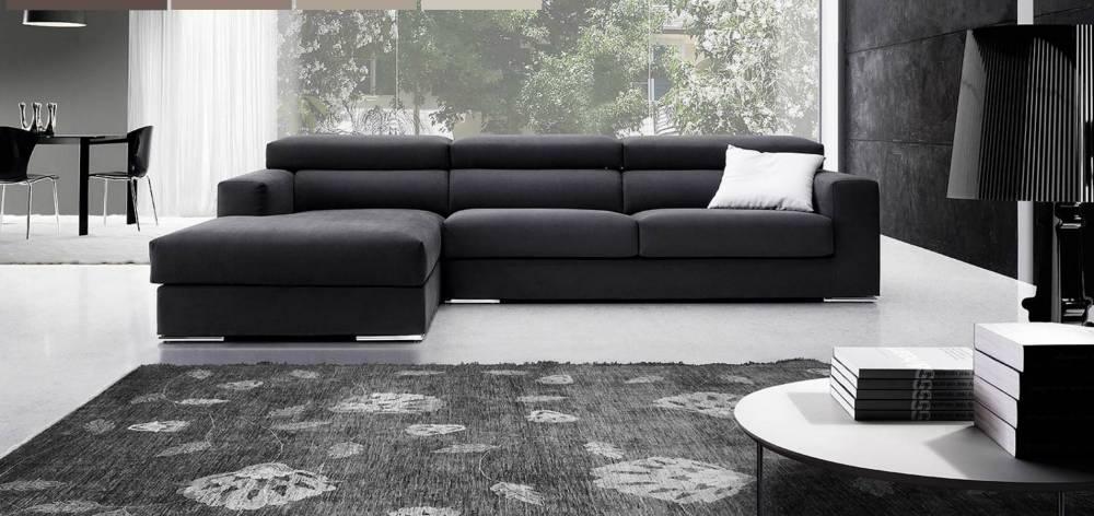 divano con penisola maxi e ampie misure