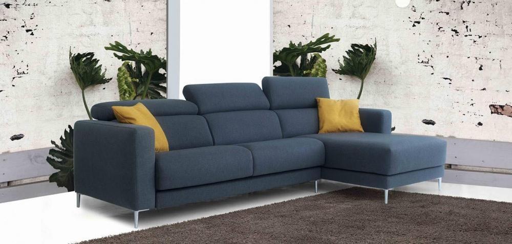 divano moderno colore azzurro