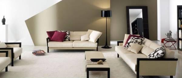il tuo salotto con divani in tessuto chiaro